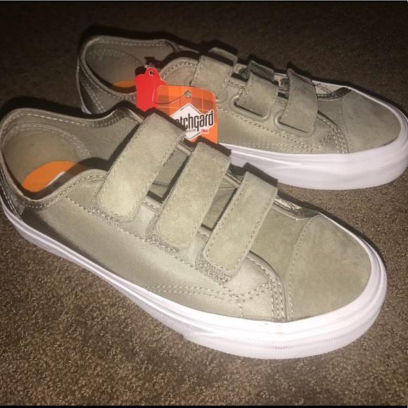 af5f250b8ae731 BRAND NEW Vans Velcro Strap Shoes